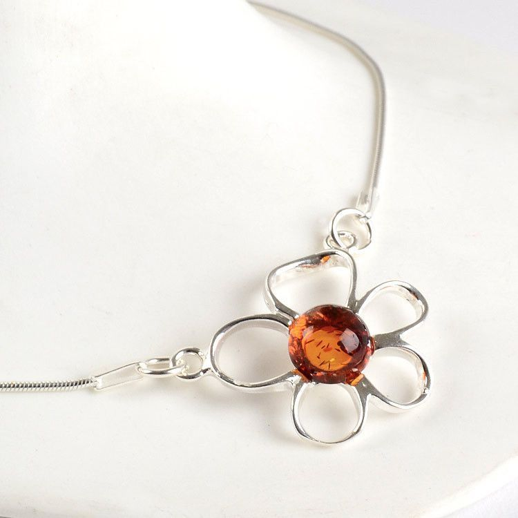 Cute Amber & Silver Flower Necklace