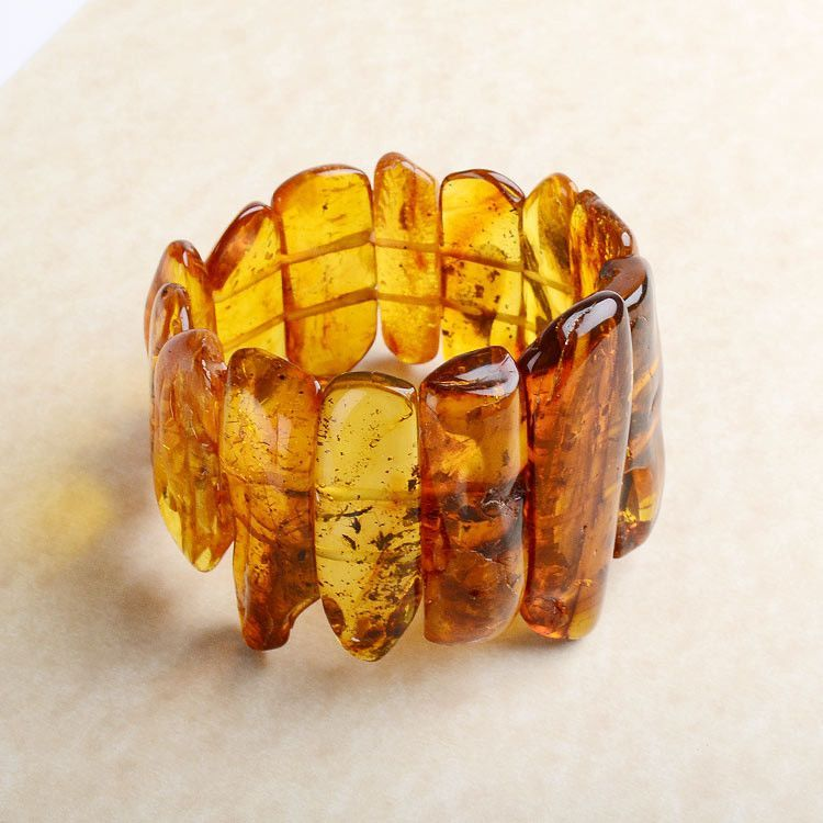 Insect Inclusion Amber Stones Bracelet