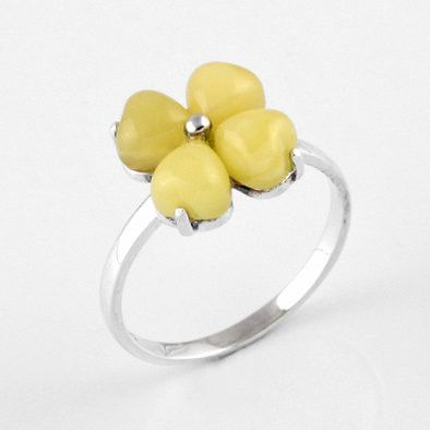 Cute Butterscotch Amber Flower Ring