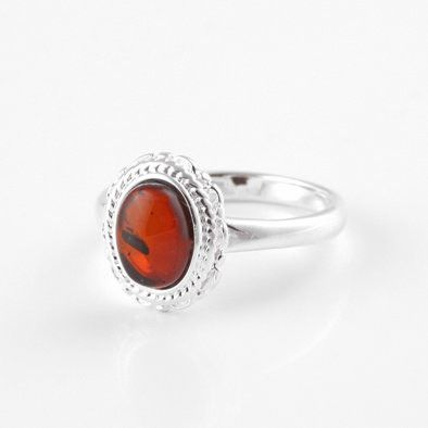 Bright Victorian Cognac Oval Ring
