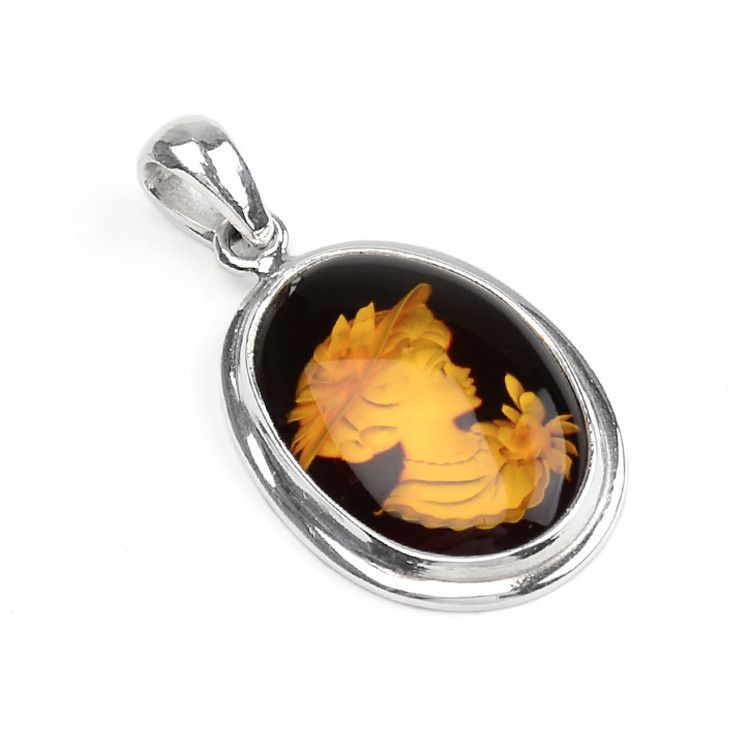 Lady in Hat Cameo Amber Pendant