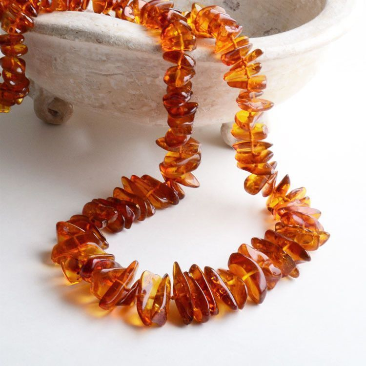 "28"" Natural Amber Chip Necklace"