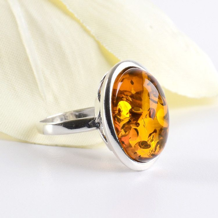 Bold Amber Oval Ring