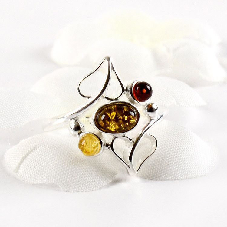 Delicate Hearts with Amber Ring