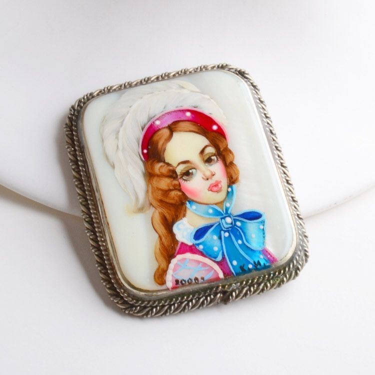 Noble Young Woman Portrait Pin Brooch
