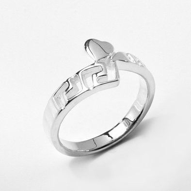 Graphic Silver Heart Ring