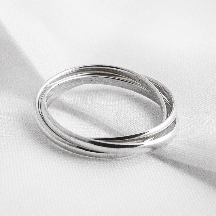 Simple Three Band Ring