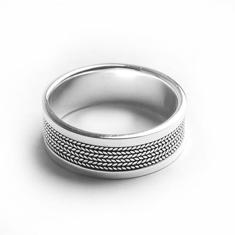 Men's Classy Band Ring
