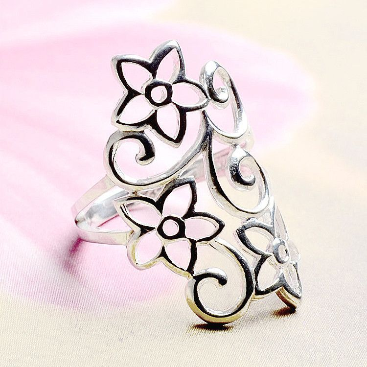 Silver Filigree of Flowers Ring
