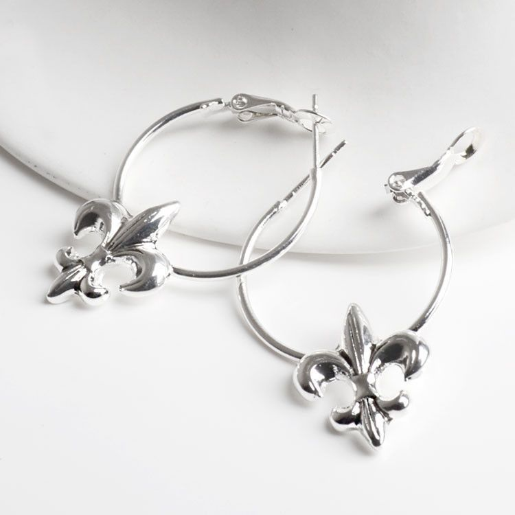 Fashion Fleur de Lis Earrings