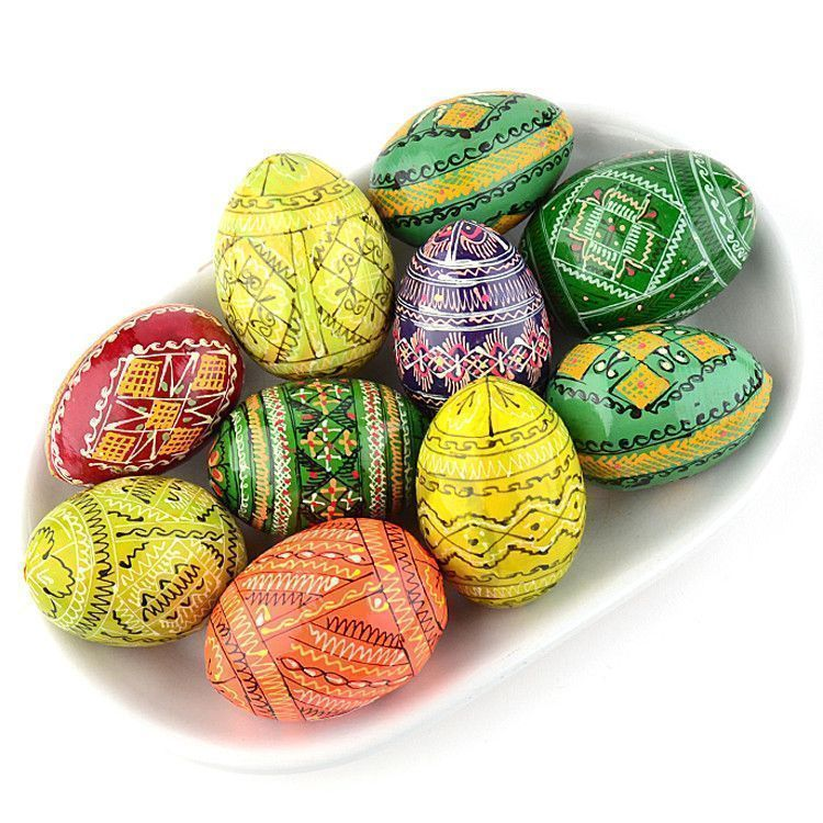 10 Colorful Pysanky Eggs