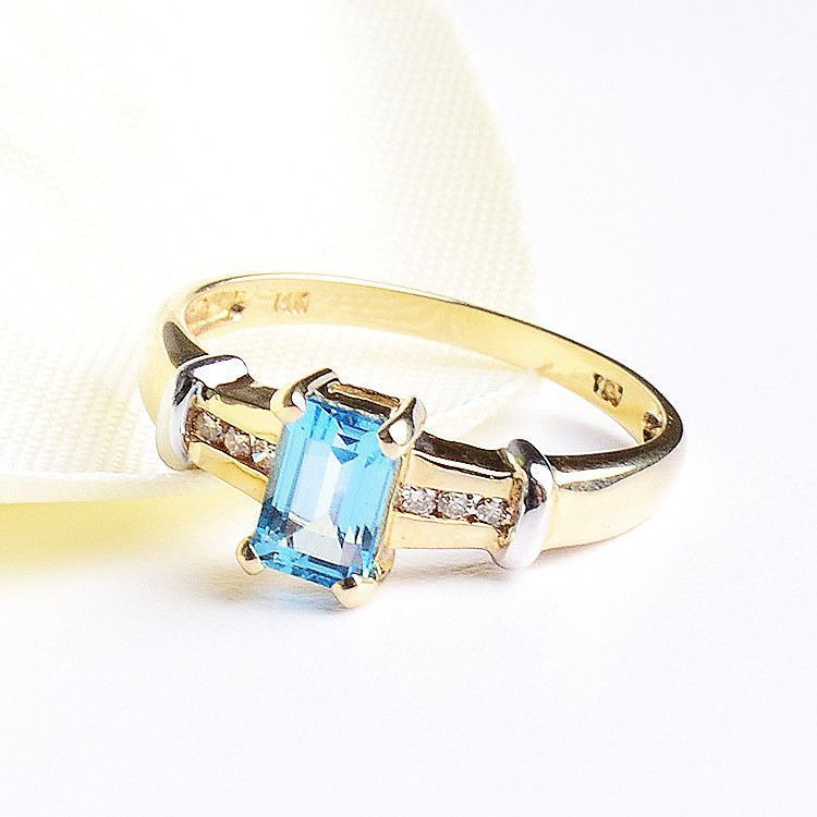 Aquamarine Diamonds Ring - 14K Gold