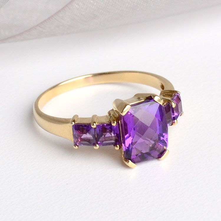Amethyst & 14K Gold Ring