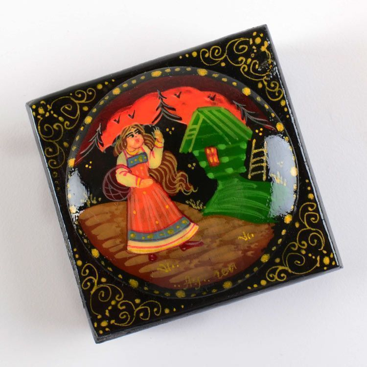 Alyonushka And Baba Yaga Hut Lacquer Box