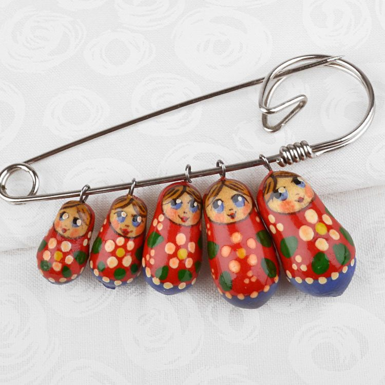 5 Russian Dolls Pin
