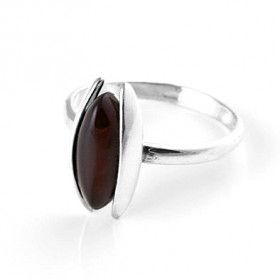 Sleek Cherry Amber Ring