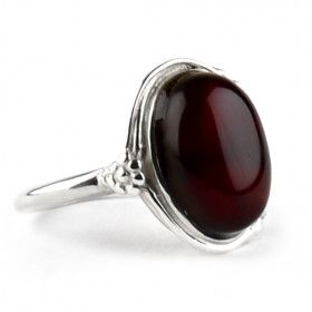 Ornate Cherry Amber Oval Ring