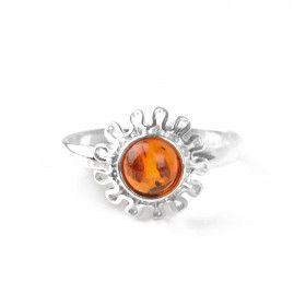 Cute Amber Center Ring