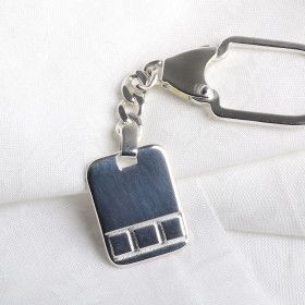 Sleek Silver Dog Tag Keychain