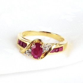 Size 7 Ruby in Gold Ring