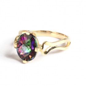 Elegant Gold Ring with Mystic Topaz
