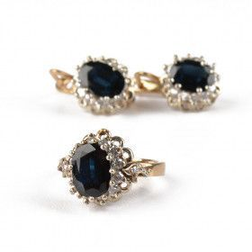 Vintage Blue Sapphire Ring & Earrings Set