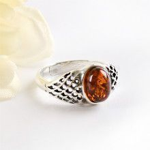Baltic Honey Amber & Silver Ring