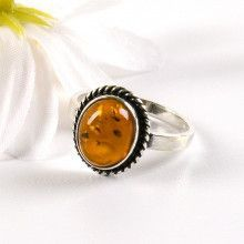 Classic Amber Ring in Sterling Silver