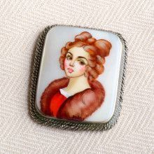 Noble Beauty Woman Portrait Pin