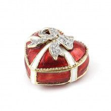 Red Heart With a Bow Box